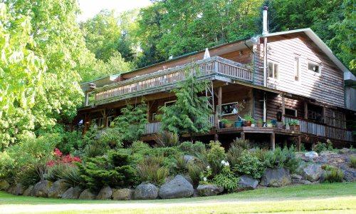 Hummingbird Lodge B&B